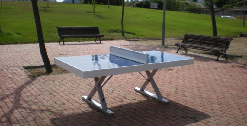 Mesas ping pong de exterior aunor sl for Mesa de ping pong exterior